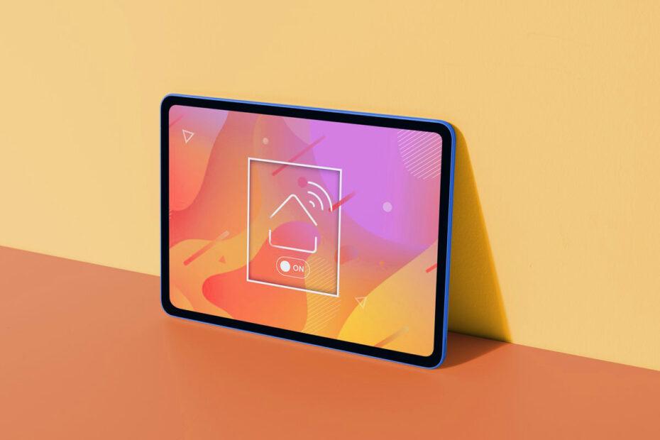 Tablet (Credit Raw Pixel)